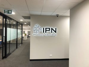 IPN-Medical-centre---Halo-lit-Letters
